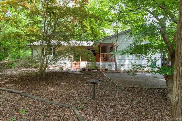 1660 W Lakewood Drive, Rock Hill, SC 29732 (#3614601) :: Carver Pressley, REALTORS®