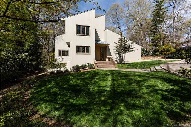 1220 Scotland Avenue, Charlotte, NC 28207 (#3614648) :: MartinGroup Properties