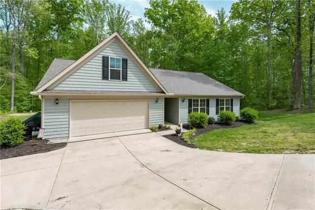 1709 Riverstone Drive, Lincolnton, NC 28092 (#3614798) :: Rinehart Realty