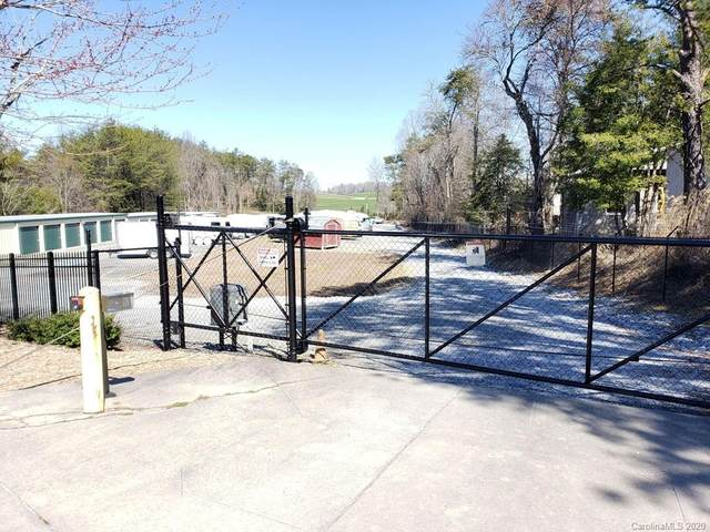 3000 Butler Bridge Road, Mills River, NC 28759 (#3614873) :: The Snipes Team | Keller Williams Fort Mill
