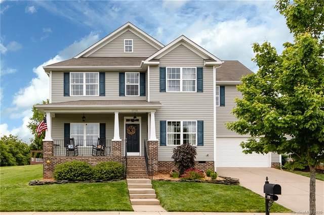 3710 Conner Glenn Drive, Huntersville, NC 28078 (#3616187) :: MartinGroup Properties