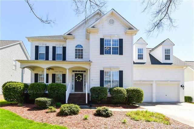 19722 Charles Towne Lane, Cornelius, NC 28031 (#3616782) :: Charlotte Home Experts