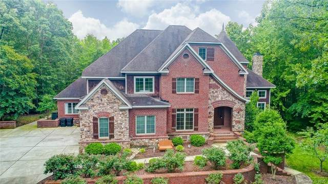 8000 Harpers Grove, Waxhaw, NC 28173 (#3617423) :: Ann Rudd Group