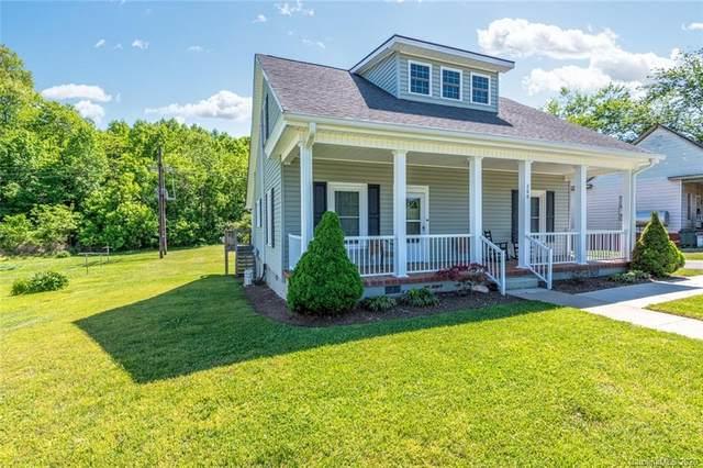 208 Catawba Avenue, Hickory, NC 28601 (#3617846) :: Homes Charlotte