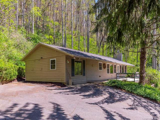 122 Orchard Drive, Maggie Valley, NC 28751 (#3618079) :: MartinGroup Properties