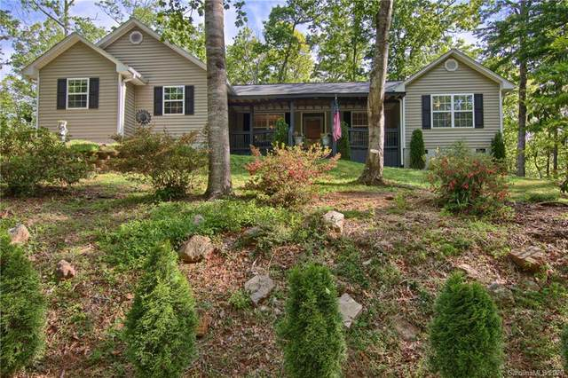 6 Settlers Crossing Drive, Flat Rock, NC 28731 (#3618308) :: MartinGroup Properties