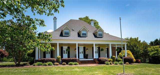 3674 River Road, Hickory, NC 28602 (#3618490) :: Homes Charlotte