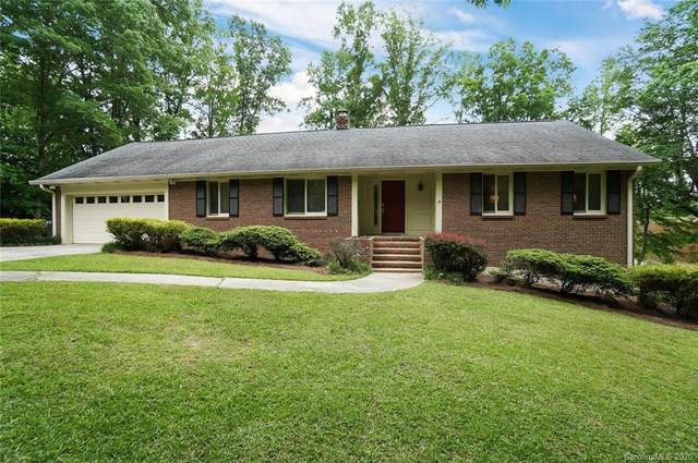 11206 Chestnut Hill Drive, Matthews, NC 28105 (#3619658) :: LePage Johnson Realty Group, LLC