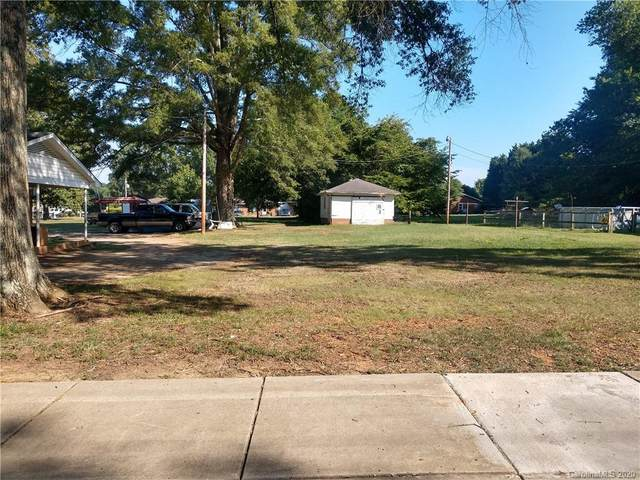 21405 Hickory Street, Cornelius, NC 28031 (#3619893) :: Rinehart Realty