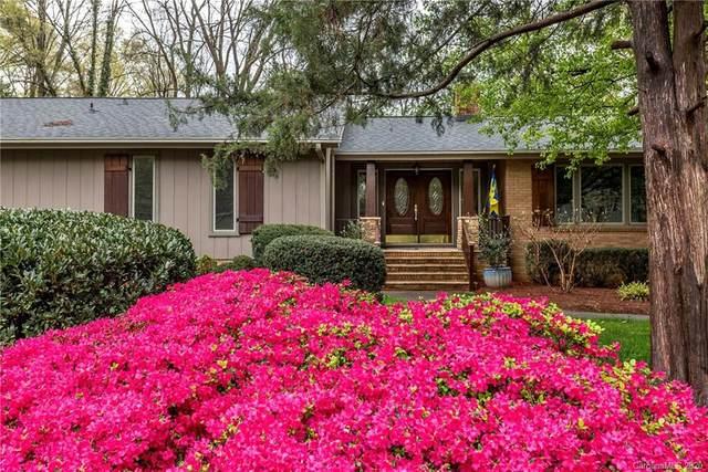 1831 Bobolink Lane, Charlotte, NC 28226 (#3620257) :: MartinGroup Properties