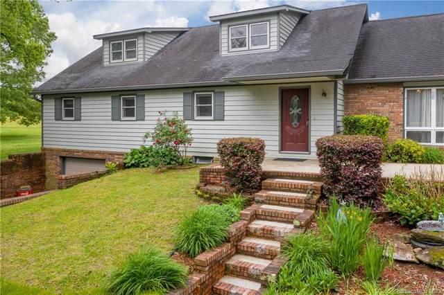 1331 Chestnut Gap Road, Hendersonville, NC 28792 (#3620276) :: Homes Charlotte