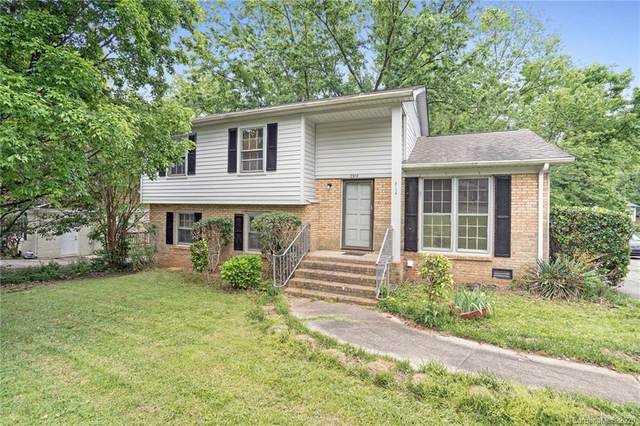 6914 Idlewild Road, Charlotte, NC 28212 (#3620737) :: Miller Realty Group