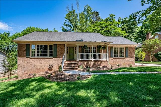 2307 Red Barn Lane, Charlotte, NC 28210 (#3622145) :: Rowena Patton's All-Star Powerhouse