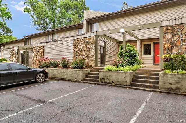 3626 Maple Glen Lane, Charlotte, NC 28226 (#3622173) :: Rinehart Realty