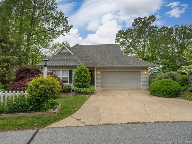 89 Ashefield Court, Hendersonville, NC 28791 (#3622320) :: Caulder Realty and Land Co.