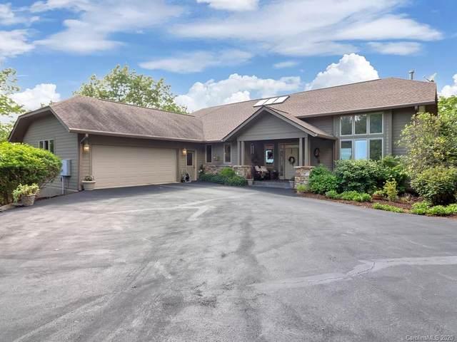 221 White Hickory Ridge, Hendersonville, NC 28739 (#3622346) :: Carver Pressley, REALTORS®