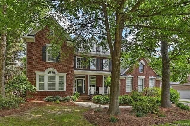 9304 Briarwick Lane, Charlotte, NC 28277 (#3622359) :: Homes Charlotte