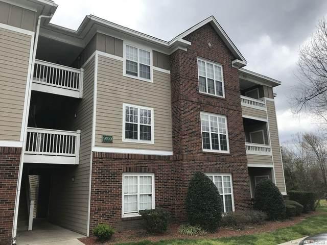 9709 Campus Walk Lane F, Charlotte, NC 28262 (#3622414) :: Stephen Cooley Real Estate Group