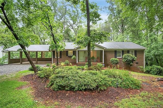 215 Abingdon Circle, Huntersville, NC 28078 (#3622634) :: Carlyle Properties