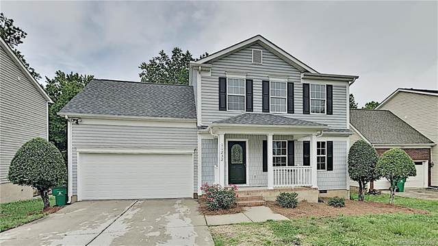 11232 Northwoods Forest Drive, Charlotte, NC 28214 (#3622805) :: Homes Charlotte