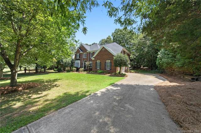 10617 Providence Arbours Drive, Charlotte, NC 28270 (#3623025) :: Stephen Cooley Real Estate Group