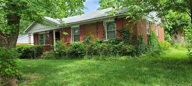 4724 Westcrest Drive, Charlotte, NC 28208 (#3623232) :: Charlotte Home Experts
