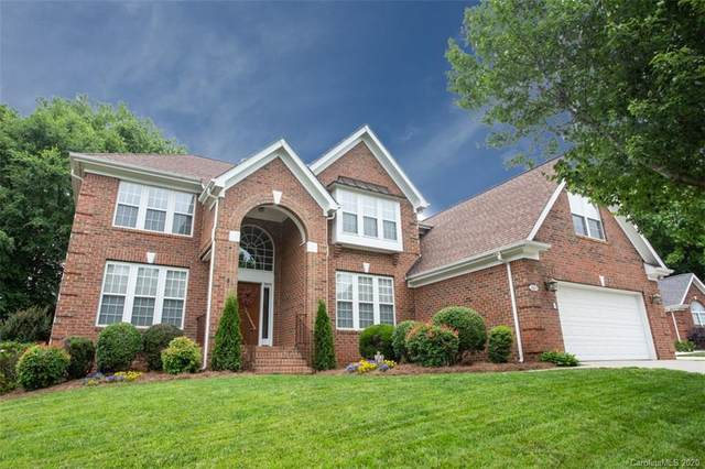 15819 Burlingame Drive, Huntersville, NC 28078 (#3623245) :: Carlyle Properties