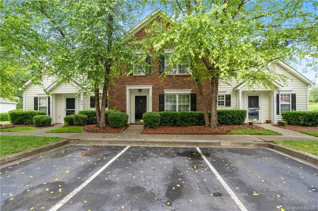 977 Heritage Parkway, Fort Mill, SC 29715 (#3623311) :: Homes Charlotte