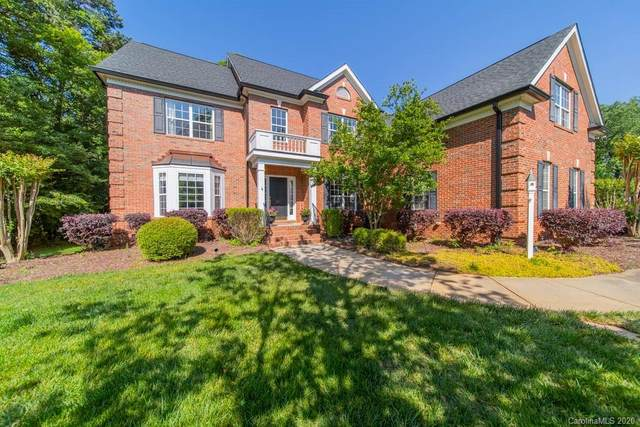 505 Hidden Manor Drive, Matthews, NC 28104 (#3623408) :: Carver Pressley, REALTORS®