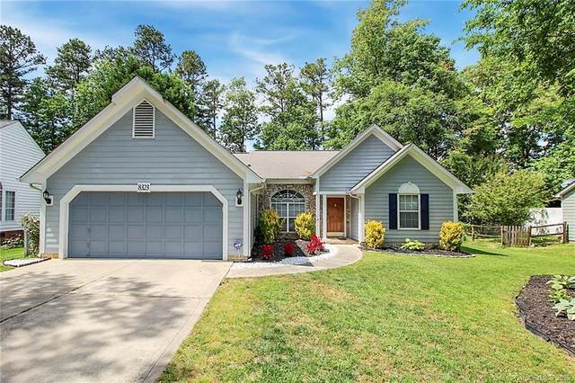 8323 Belstead Brook Court, Charlotte, NC 28216 (#3623485) :: Charlotte Home Experts