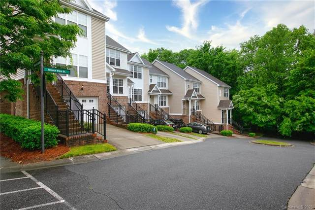 6445 Terrace View Court, Charlotte, NC 28269 (#3623740) :: Stephen Cooley Real Estate Group