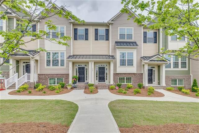 329 Annandale Drive, Tega Cay, SC 29708 (#3623866) :: Stephen Cooley Real Estate Group