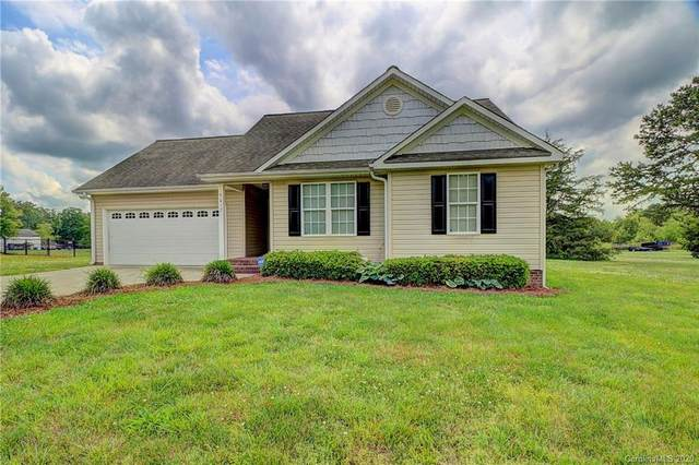 5017 Old Pine Lane, Cherryville, NC 28021 (#3624020) :: Rinehart Realty
