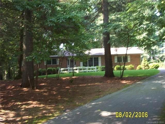 334 Mockingbird Drive, Hendersonville, NC 28792 (#3624487) :: Zanthia Hastings Team