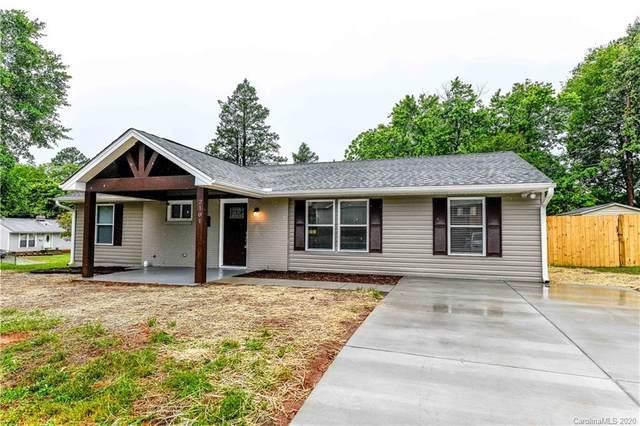 2101 English Drive, Charlotte, NC 28216 (#3624536) :: Carlyle Properties
