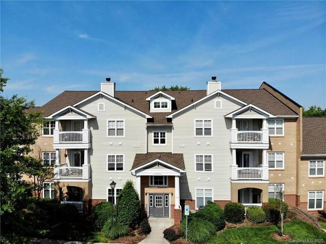 16428 Redstone Mountain Lane, Charlotte, NC 28277 (#3624739) :: MartinGroup Properties