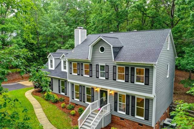 9824 Hanging Moss Trail, Mint Hill, NC 28227 (#3624767) :: Rinehart Realty
