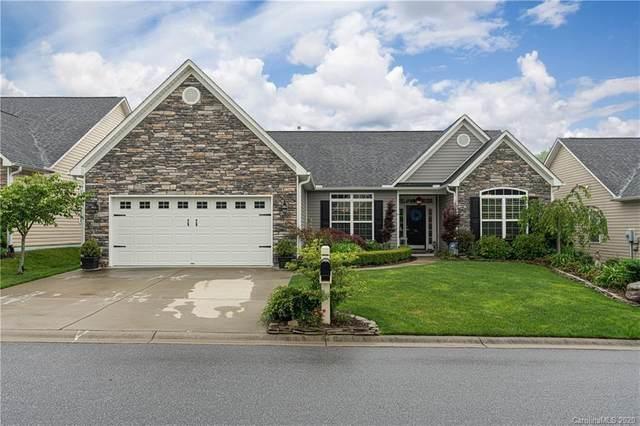 94 Creekwalk Lane, Hendersonville, NC 28792 (#3625056) :: Besecker Homes Team