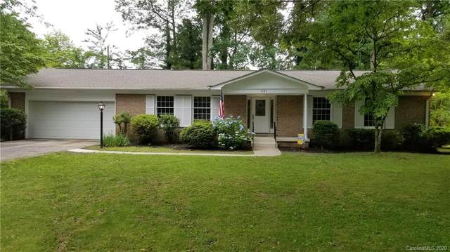 531 Pineland Road, Hendersonville, NC 28792 (#3625285) :: Stephen Cooley Real Estate Group