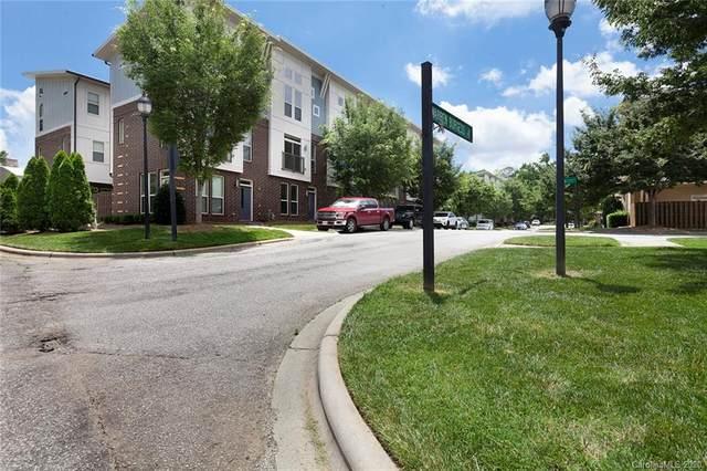 907 Warren Burgess Lane, Charlotte, NC 28205 (#3625341) :: Robert Greene Real Estate, Inc.