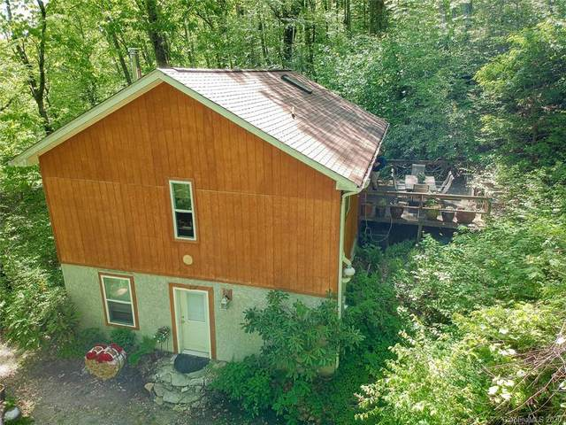 192 Crystal Falls Drive, Fairview, NC 28730 (#3625376) :: Home and Key Realty