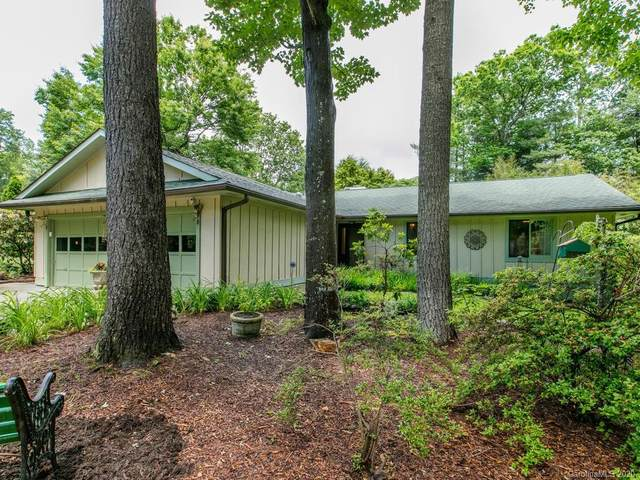 19 Golden Oaks Lane, Fletcher, NC 28732 (#3625642) :: Besecker Homes Team
