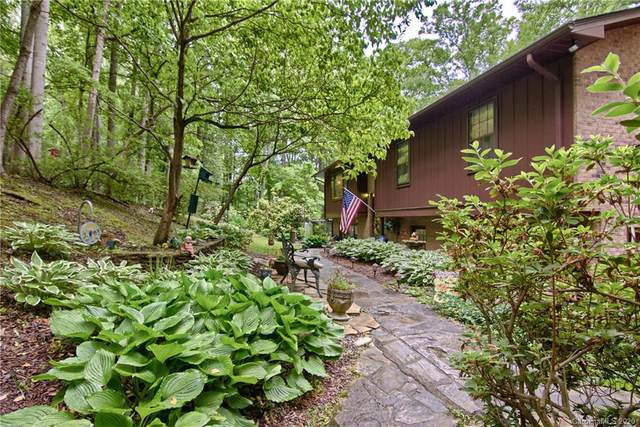 5 Scenic View Drive, Hendersonville, NC 28792 (#3625856) :: Keller Williams Professionals