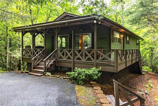 3689 Connestee Trail, Brevard, NC 28712 (#3626139) :: MartinGroup Properties