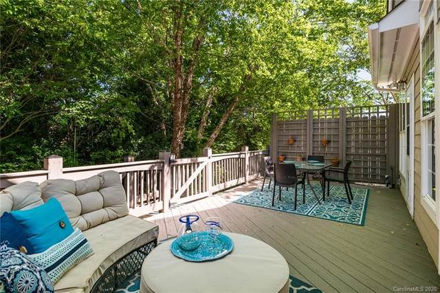 207 Fairview Lane, Davidson, NC 28036 (#3626158) :: The Sarver Group