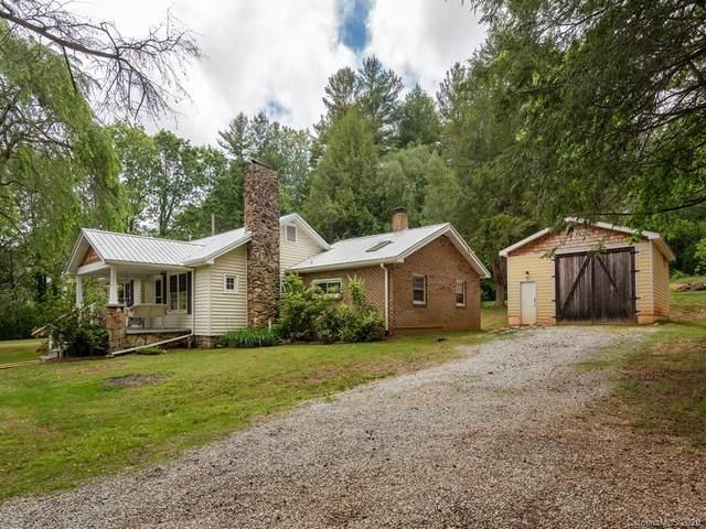 370 Crail Farm Road, Hendersonville, NC 28739 (#3626346) :: Keller Williams Professionals