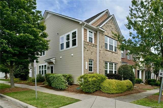8292 Viewpoint Lane, Cornelius, NC 28031 (#3626877) :: Besecker Homes Team