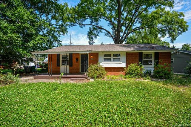 3432 Barringer Drive, Charlotte, NC 28217 (#3627207) :: Puma & Associates Realty Inc.