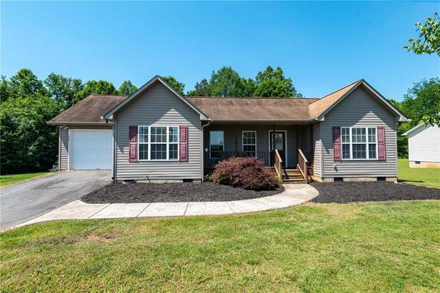 307 Cape Hickory Road, Hickory, NC 28601 (#3627593) :: Cloninger Properties