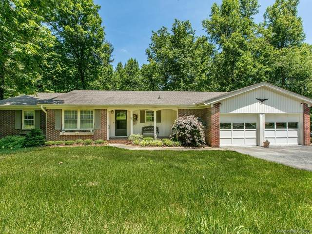 701 Jearl Lane, Hendersonville, NC 28739 (#3627602) :: Robert Greene Real Estate, Inc.